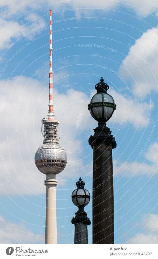 Berliner Kugeln Berliner Fernsehturm Berlin-Mitte Antenne Sehenswürdigkeit Wahrzeichen trendy hoch Erotik Zufriedenheit Business Gesellschaft (Soziologie)