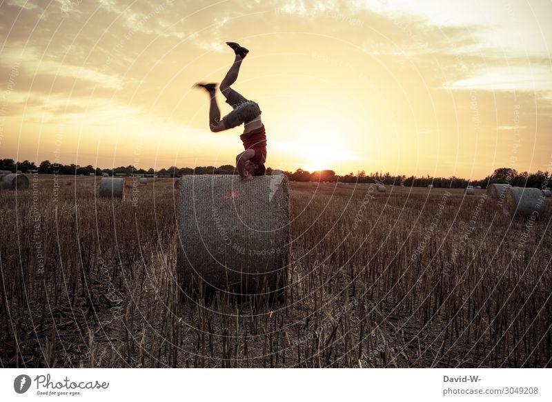 wetten du schaffst es nicht einen Kopfstand... Mensch maskulin Junger Mann Jugendliche Erwachsene Leben 1 Kunst Umwelt Natur Landschaft Sonne Sonnenaufgang