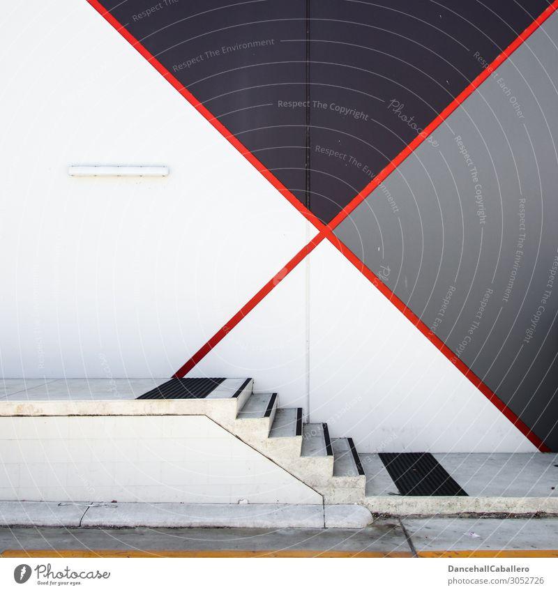 Die wunderbare Welt der Geometrie l 12 Stadt Industrieanlage Fabrik Bauwerk Gebäude Architektur Mauer Wand Fassade eckig Sauberkeit gelb grau rot schwarz weiß