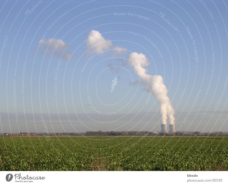 Blauwerk Wolken Feld Industrie Elektrizität Bayern Blauer Himmel Wasserdampf Stromkraftwerke Kernkraftwerk