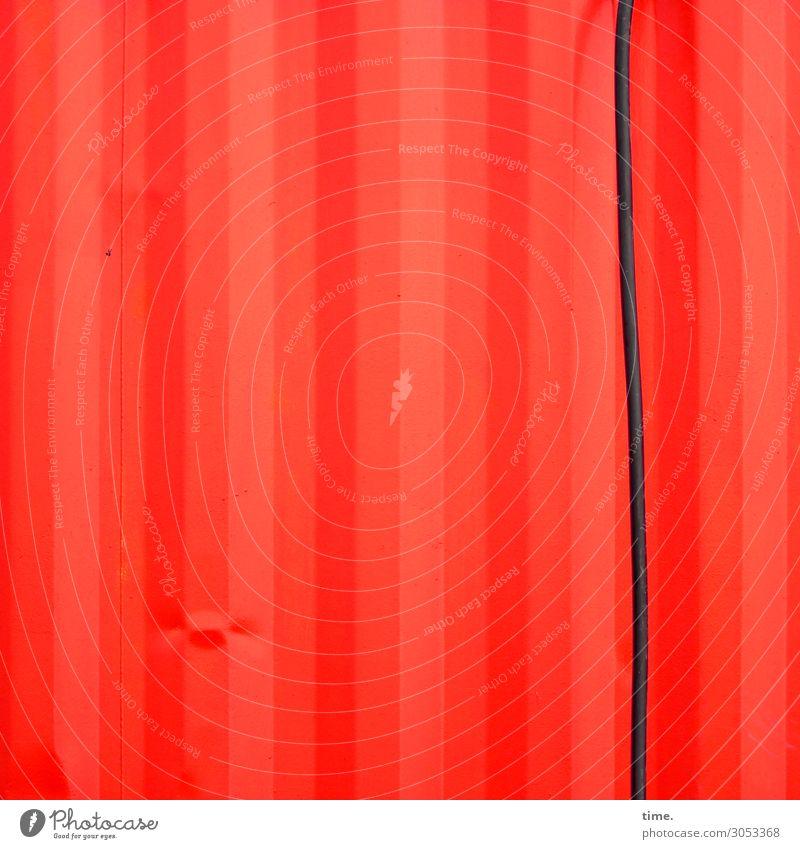 schwarzrotmacke Energiewirtschaft Kabel Mauer Wand Container Beule Metall Linie Streifen fest kaputt trashig Kraft Sicherheit Schutz Leben Partnerschaft Design