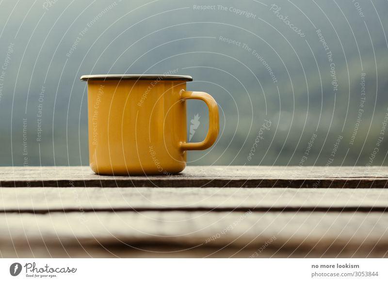 lust lasts longer then life Ferien & Urlaub & Reisen ruhig Holz Herbst Wärme Stimmung Zufriedenheit retro genießen Kaffee Gelassenheit heiß Steg Geschirr Tee