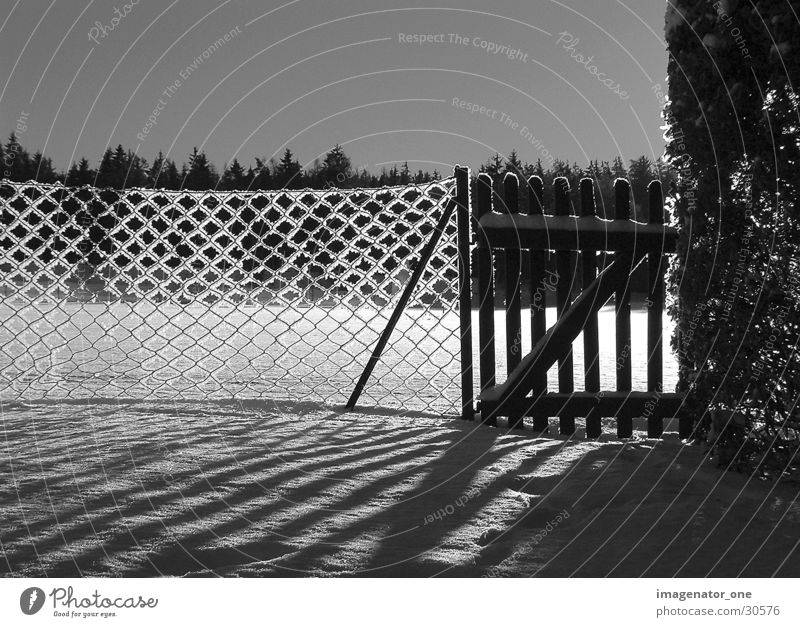 0005 Schnee Eis Zaun