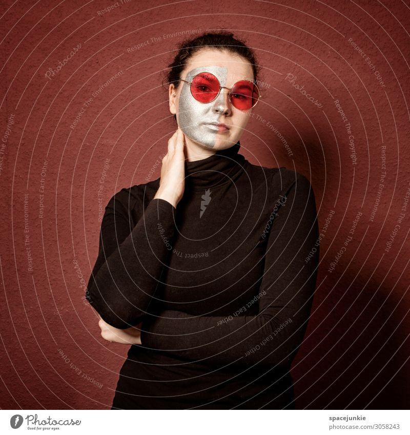 Red Mensch feminin Junge Frau Jugendliche 1 18-30 Jahre Erwachsene Kunst Bekleidung Accessoire Brille brünett beobachten berühren Erholung Blick träumen