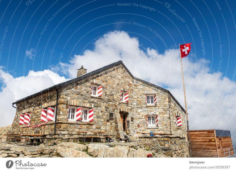 Tierberglihütte Ferien & Urlaub & Reisen Natur alt Landschaft Berge u. Gebirge Stein wandern Wetter Dach Alpen Fahne Hütte Schweiz alpin Berghütte Crevasse