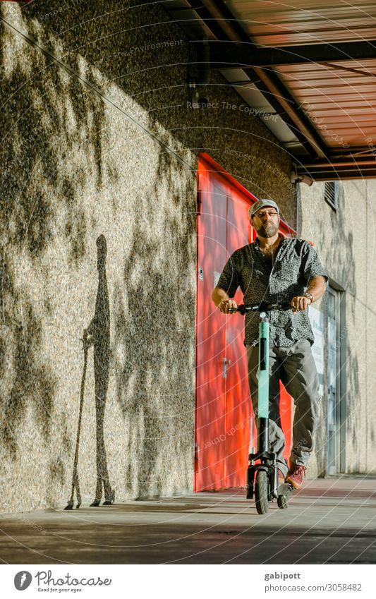 Mobilität /// überall stehen die Dinger im Weg... rot Lifestyle Leben Wand Wege & Pfade Bewegung Mauer Fassade Ausflug Verkehr Zukunft kaufen Energie