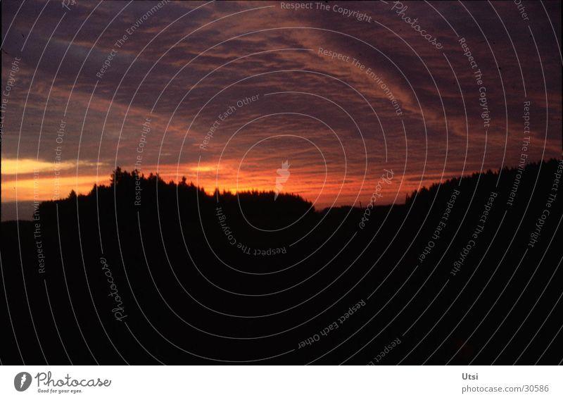 Abendstimmung Wolken Wald Berge u. Gebirge Idylle Bayern Abenddämmerung