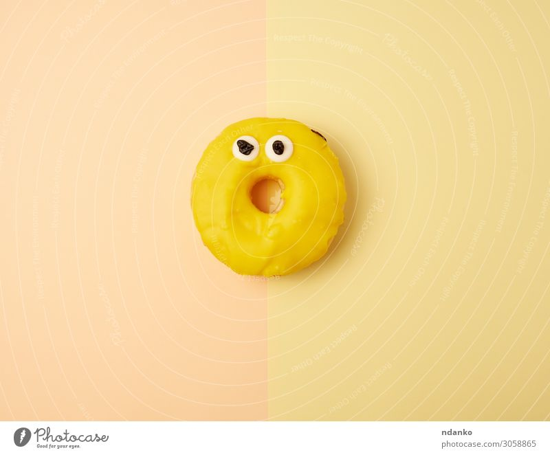 runder gelber Bananen-Donut Teigwaren Backwaren Kuchen Dessert Süßwaren Ernährung Frühstück Dekoration & Verzierung Feste & Feiern frisch hell lecker oben Farbe