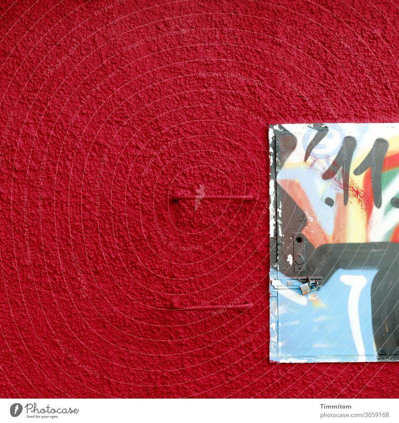 Der .11. Industrieanlage Mauer Wand Metall Ziffern & Zahlen Graffiti Freundlichkeit schön blau rot schwarz weiß Gefühle Griff Klappe Schloss geschlossen Putz