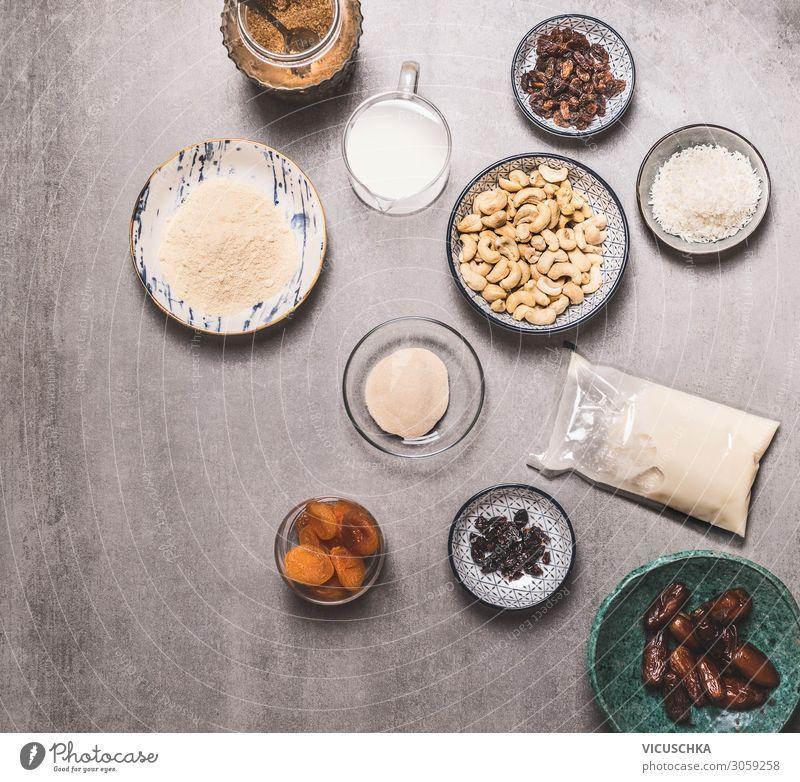 Schüsseln mit vegane Zutaten Lebensmittel Ernährung Bioprodukte Vegetarische Ernährung Diät Milch Geschirr Gesundheit Gesunde Ernährung Design Vegane Ernährung