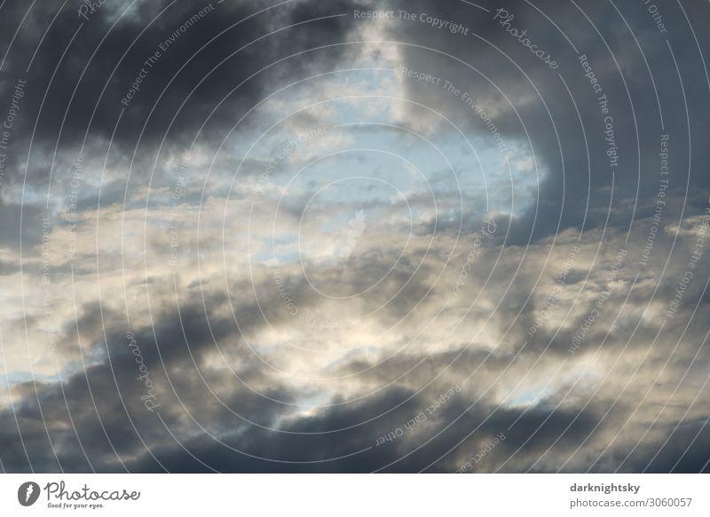Dramatisch wirkender Himmel harmonisch Sinnesorgane ruhig Meditation Segelfliegen Meteorologie Umwelt Luft nur Himmel Wolken Gewitterwolken Sommer Klima