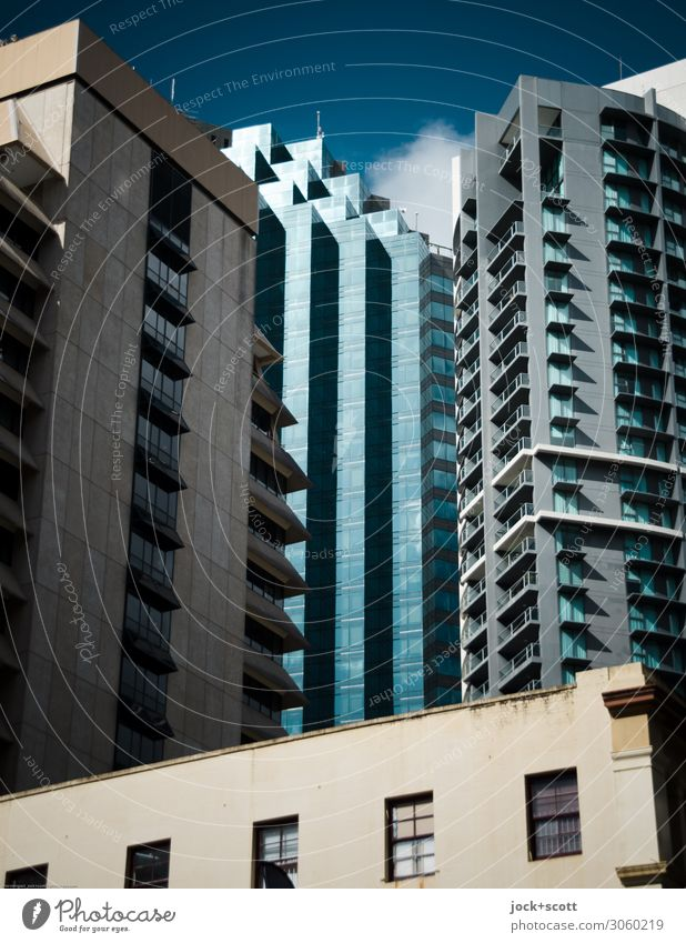 Exterior Ferne Städtereise Himmel Schönes Wetter Queensland Stadt Stadtzentrum Skyline Hochhaus Architektur Bürogebäude Fassade Fenster authentisch eckig groß