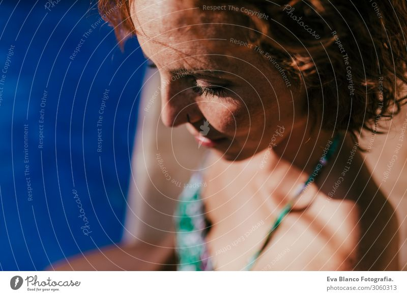 Frau Mensch Ferien & Urlaub & Reisen Jugendliche Junge Frau Sommer blau schön grün Wasser Sonne Erholung Freude Gesicht Lifestyle Erwachsene