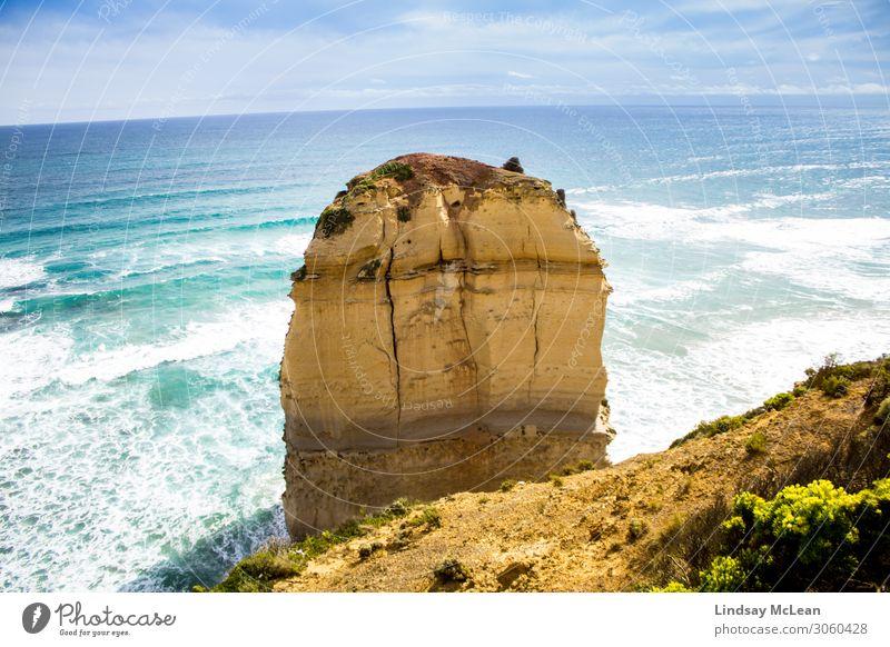 Ein Apostel, Great Ocean Road Umwelt Natur Landschaft Erde Wasser Himmel Sommer Schönes Wetter Wellen Küste Sehenswürdigkeit Wahrzeichen Freude Fröhlichkeit