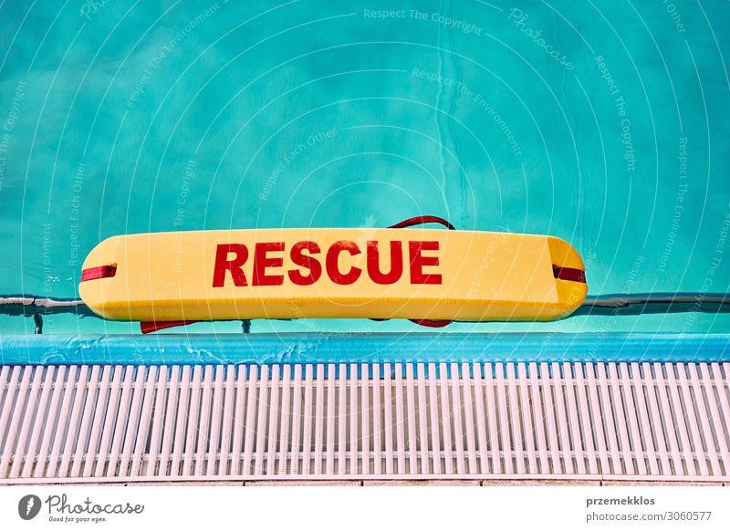 Lebensrettungsgeräte am Schwimmbad Lifestyle sparen Erholung Spa Freizeit & Hobby Ferien & Urlaub & Reisen Sommer Sommerurlaub Sport gebrauchen Fitness