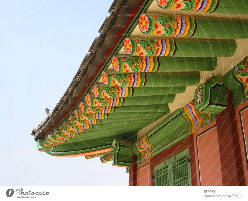 korean colours Korea Tempel historisch Dach mehrfarbig Seoul