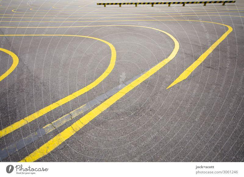 Skatepark Sportstätten Skateplatz Geländer Schilder & Markierungen Linie authentisch einfach frei groß unten gelb grau Ordnung Wege & Pfade Bodenmarkierung