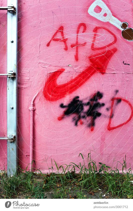 Wahlkampf AfD beschmiert Beschriftung Demokratie demokratisch Haus Parteien Politik & Staat Graffiti Wahlen Wand Menschenleer Textfreiraum Tagger gesprüht