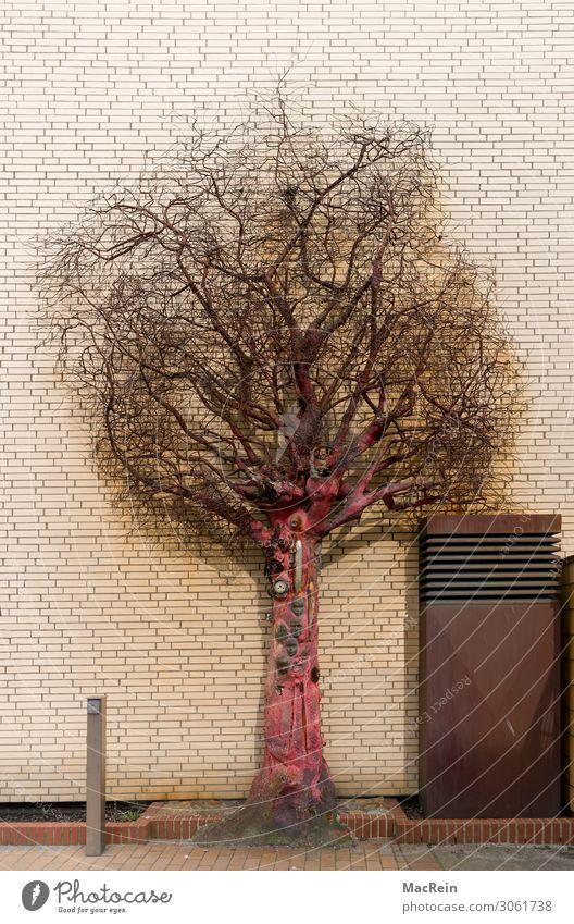 Schrott Emutionen Kunst Kunstwerk Skulptur Gebäude Architektur Metall Rost Kultur modern Fassadenverkleidung Baum Ast Zweige u. Äste Menschenleer Farbfoto