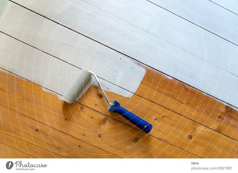 Lackrolle Renovieren Arbeit & Erwerbstätigkeit Werkzeug Holz Beginn lackieren lackiert Flur Modernisierung Anstrich Farbfoto Innenaufnahme Menschenleer