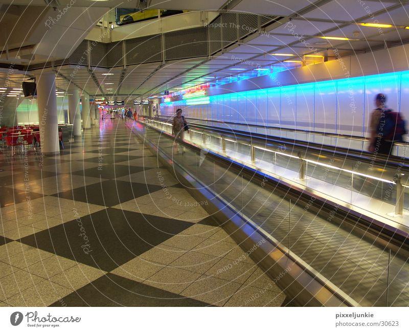 SPEEDofTIME Verkehr Flughafen