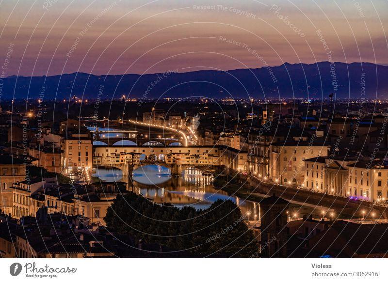 Ponte Vecchio Florenz Arno Brücke Toskana Nacht Dämmerung Italien Medici Villa Beleuchtung Fluss Sonnenuntergang