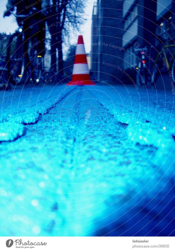 filmstreifen im regen blau Straße Farbe Regen Filmmaterial Freizeit & Hobby Hut Schablone