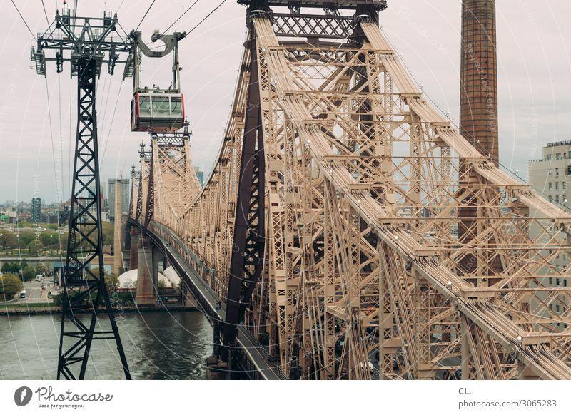 roosevelt island tramway Ferien & Urlaub & Reisen Tourismus Sightseeing Städtereise Fluss New York City Manhattan Queensborough Brücke East River Stadt Bauwerk