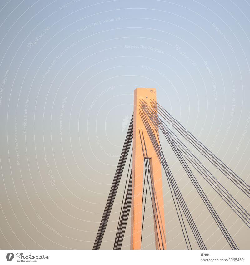 Seilschaften (XI) Himmel Schönes Wetter Brücke Bauwerk Gebäude Architektur Brückenpfeiler Brückenkonstruktion Haken Stahlkabel hängen Vertrauen Wachsamkeit