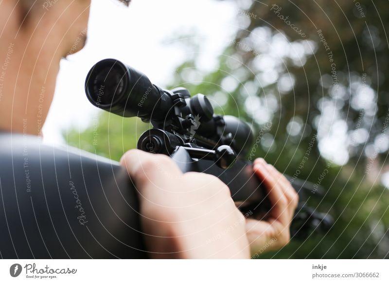 Luftgewehr / zielschießen Sportschießen Junger Mann Jugendliche Erwachsene Leben Hand 1 Mensch 13-18 Jahre 18-30 Jahre festhalten bedrohlich Gesundheit