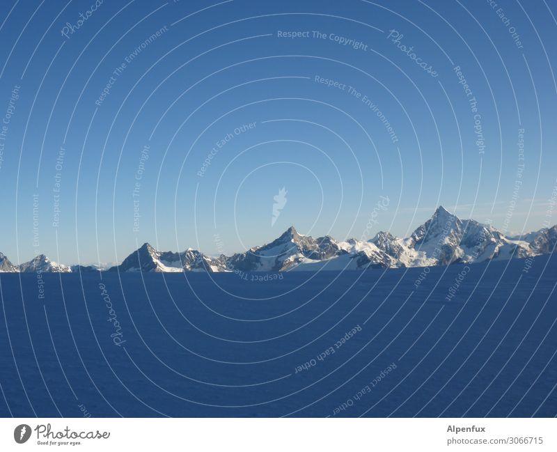 Walliser Hörner Freude Berge u. Gebirge Glück Tourismus Angst Kraft Erfolg Lebensfreude Coolness Gipfel Alpen Macht Schneebedeckte Gipfel Höhenangst