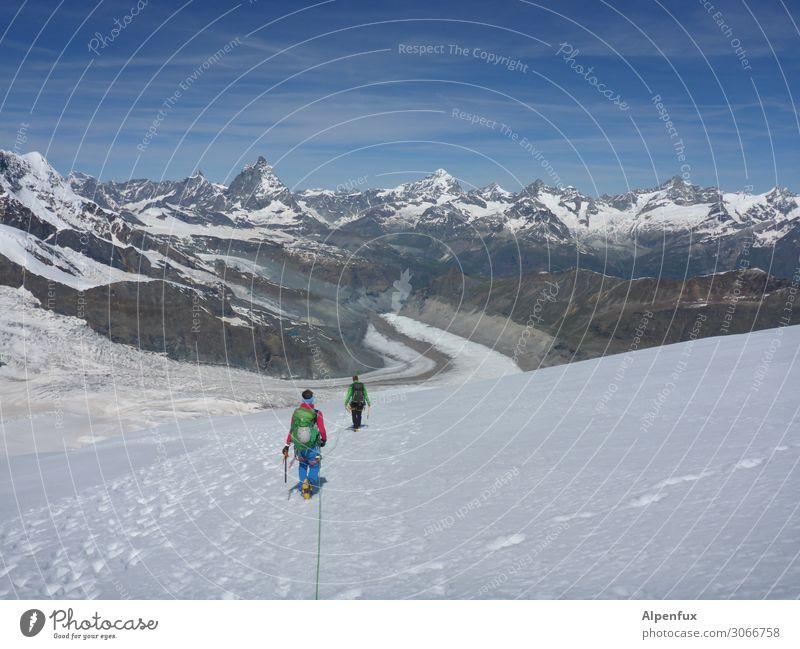 On the road again | Absteiger Natur Freude Berge u. Gebirge Zusammensein Freundschaft träumen Kraft Erfolg Abenteuer Lebensfreude Vergänglichkeit Coolness Klima