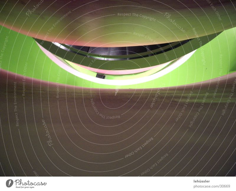 betonmund grün Auge Architektur Beton Treppe Geländer tief geschwungen