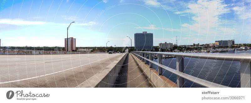 Edison-Brücke über den Caloosahatchee River in Fort Myers Ferien & Urlaub & Reisen Ausflug Meer Segeln Natur Landschaft Küste Hafen Straße Segelboot