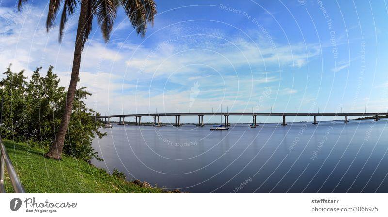 Ferien & Urlaub & Reisen Natur blau grün Landschaft Meer Straße Küste Wasserfahrzeug Ausflug Brücke Hafen Frieden Segeln Segelboot Gang