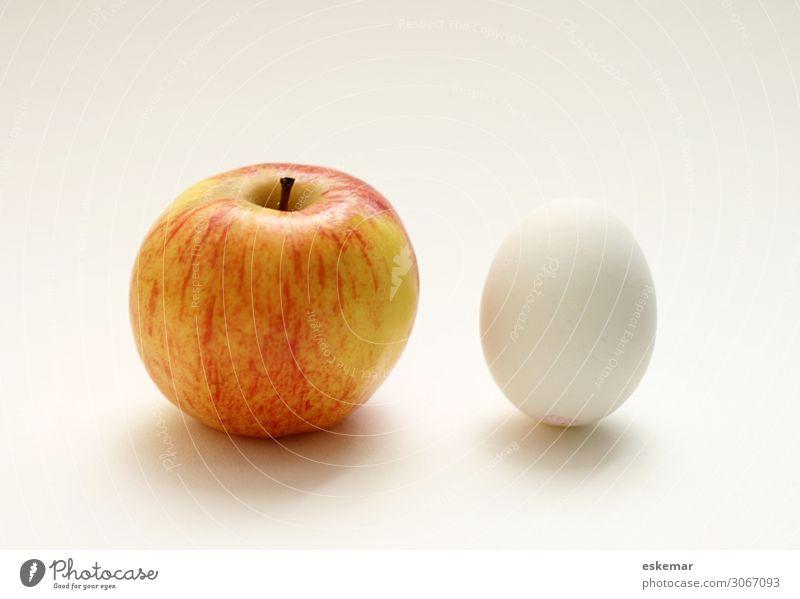 Apfel und Ei Lebensmittel Frucht Ernährung Zeichen appel appel und ei bezahlen kaufen sparen verkaufen ästhetisch Billig sparsam Armut Konkurrenz Stillleben