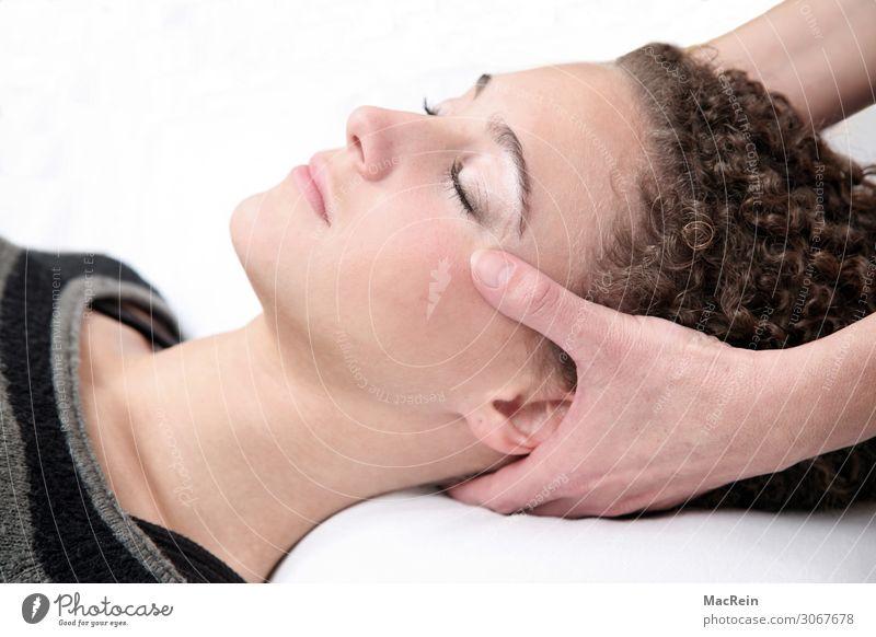 Reiki Gesicht Gesundheitswesen Alternativmedizin Wellness Leben harmonisch Wohlgefühl Zufriedenheit Sinnesorgane Erholung ruhig Meditation Kur Spa Massage