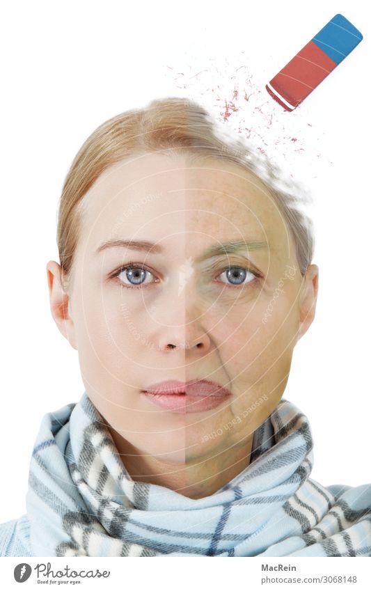 Alzheimer-Demenz Frau Erwachsene Weiblicher Senior Großmutter alt trocken Porträt Radiergummi Hautfalten Krankheit blond Junge Frau Farbfoto Studioaufnahme