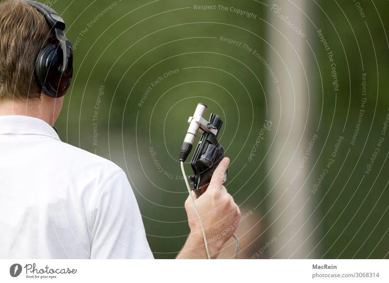 Startschuß Mensch maskulin Mann Erwachsene Körper Kopf Haare & Frisuren Rücken Hand 1 30-45 Jahre Sport haltend schießen Pistole Schiedsrichter Mikrofon