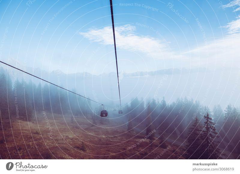 Seilbahn im Nebel Ferien & Urlaub & Reisen Winter Snowboard Natur genießen Blick Mountain aerial passenger line aerial passenger tramway aerial railway