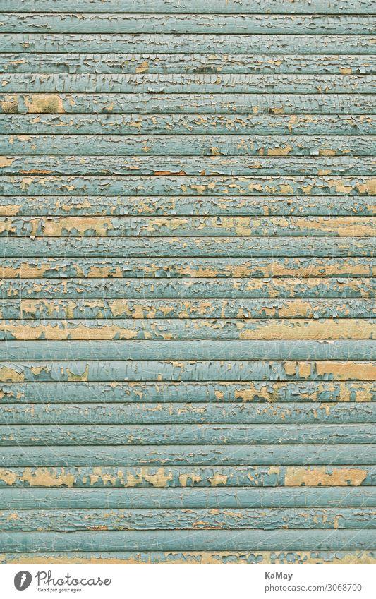 Flaking off Rollladen Fenster alt blau Armut Stadt Verfall Vergänglichkeit Hintergrundbild geschlossen verfallen hell-blau vertikal Hintergrund neutral Altbau