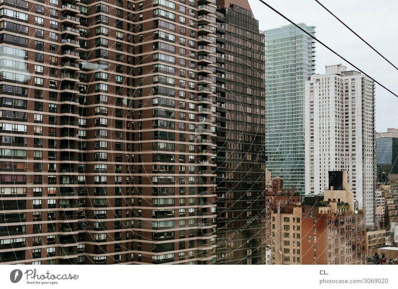 manhattan Städtereise New York City Manhattan Stadt Stadtzentrum Hochhaus Gebäude Architektur Fassade Seilbahn groß hoch Immobilienmarkt Wohnhochhaus