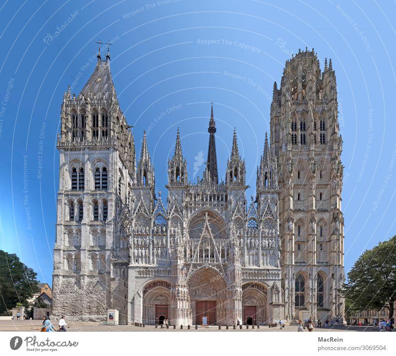 Kathedrale von Rouen Tourismus Sightseeing Stadt Altstadt Kirche Architektur Fassade Sehenswürdigkeit Wahrzeichen historisch ansicht bischofssitz butterturm