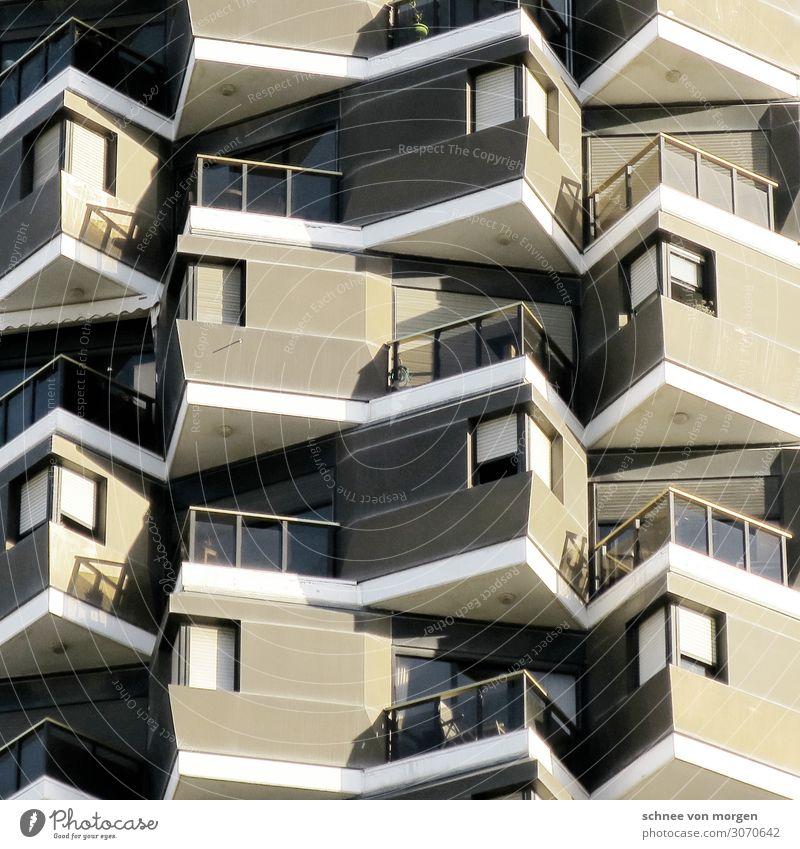 """Schöne Aussichten Bauwerk Gebäude Architektur Fassade Balkon außergewöhnlich ästhetisch Stil """"Tel aviv Fenster Aussicht"""" Farbfoto Licht Schatten Kontrast"""