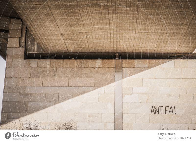 """""""Antifa""""-Graffiti an einer Wand in Dresden Senior Park Aktion Zukunft Brücke Gewalt Identität Aggression demokratisch Sympathie Krise alternativ Demokratie"""
