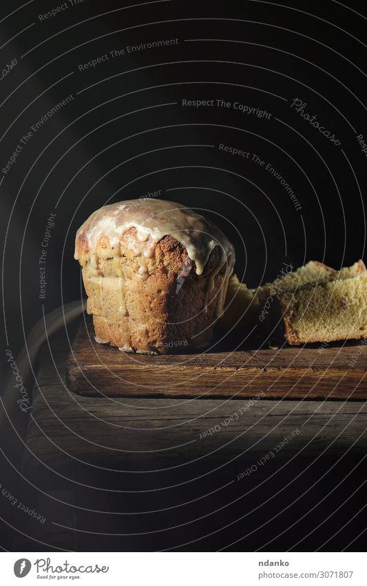 traditionelles ukrainisches Ostergebäck Brot Dessert Dekoration & Verzierung Tisch Ostern dunkel frisch braun gelb grau schwarz Religion & Glaube Tradition