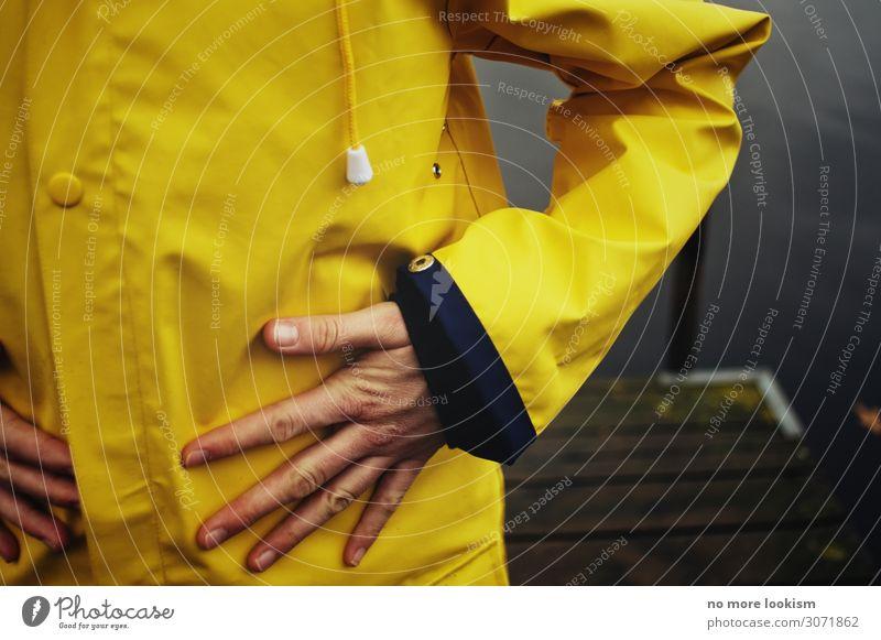 autumn ahoy Hand 1 Mensch Herbst Klima Wetter schlechtes Wetter Unwetter Wind Nebel Regen Gewitter Seeufer Flussufer Bekleidung Schutzbekleidung Regenmantel
