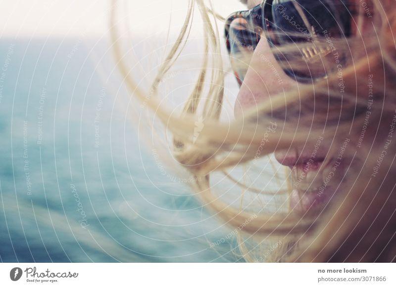 days in daze feminin Haare & Frisuren 1 Mensch Sonnenlicht Wetter Schönes Wetter Küste Ostsee Meer See Sonnenbrille blond Lächeln lachen frech frei Fröhlichkeit