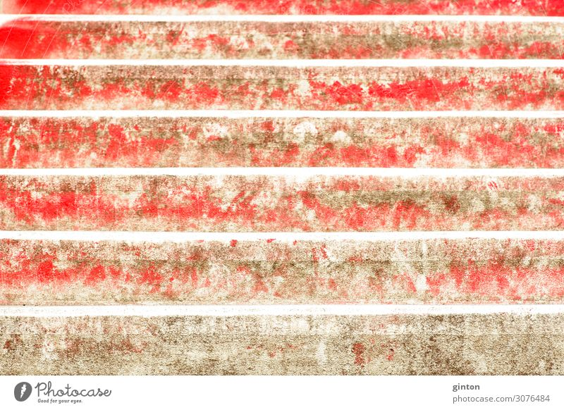 Rote Treppenstufen Architektur eckig schräge Treppe Treppenschräge Stufen rote Treppenstufen rote Stufen Architekturdetail Oberfläche Betonoberfläche Farbe