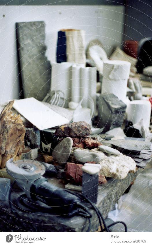 atelier I Stein Tisch Freizeit & Hobby Werkzeug Material Atelier Bildhauerei
